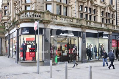 Austin Reed Leeds Clothes Shop Shopping In City Centre Leeds Ls1 6ad February 21 2020 5 34 Pm